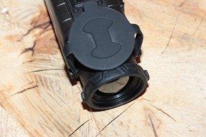 Guide IR TA435 Wärmebild Vorsatzgerät - Produktfoto schräg oben und Linse - Venari Jagdtechnik (1)